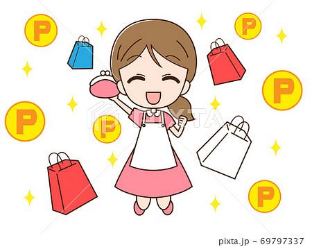 ポイントで買い物をする主婦 69797337