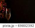 クリスマス ツリー シャンパングラス 69802392