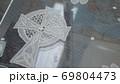 【十字架柄】手編みのヨーロピアンレース接写 69804473