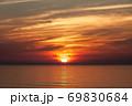 日の出海景【玉田サンビーチ】 69830684