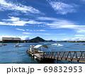 愛媛県松山市三津浜港の海と船 69832953