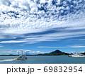 愛媛県松山市三津浜港の海と船 69832954