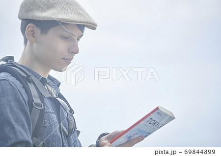 外国人旅行者 男性 69844899