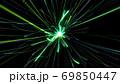 迫りくる光 ライト 緑 放射状 ネオン キラキラ デジタル 背景 69850447