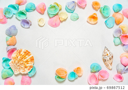 背景素材 貝殻フレーム 69867512
