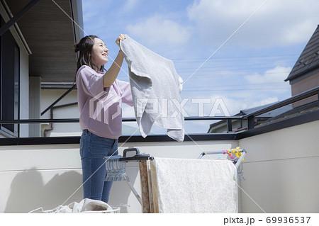 洗濯 69936537