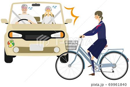 高齢者マークの車と高校生の自転車の事故イラスト 69961840