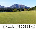 月巡り公園から見る根子岳 69986348