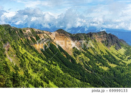 浅間山の外輪山 69999133