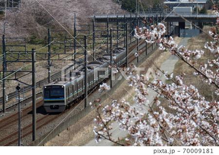 千葉ニュータウン鉄道9200形とさくら 70009181