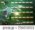ビニールで包装されたコンピュータ基板 70053053