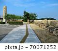 大阪城残石記念公園、大阪城修復の時に残された、切り出された40個の石垣の岩・小豆島・北浦港(1) 70071252
