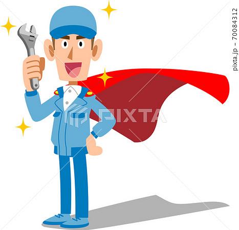 工具を手に持ち作業着を着てヒーローのようなマントを付けた男性スタッフ 70084312