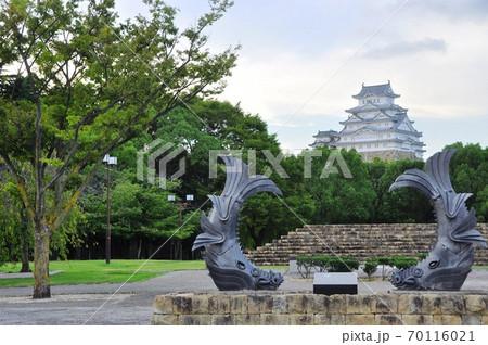 姫路公園(城見台公園) 姫路城と鯱レプリカ 70116021