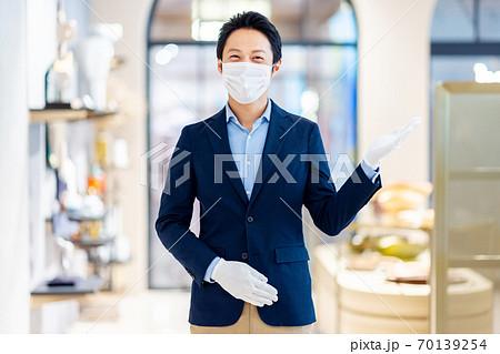 男性コンシェルジュ お店 撮影協力:g GIFT AND LIFESTYLE 70139254