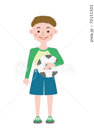 小学生くらいのサッカー少年 70152303