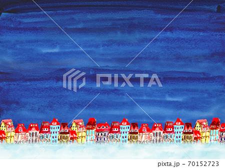 水彩で描いた夜の町並みの背景 70152723