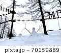 ニセコのスキー場の雪だるま 70159889