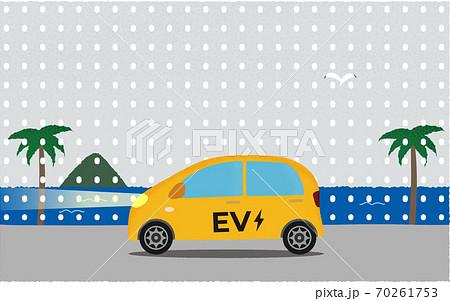 雪の中、ライトを点けて海沿いの道を進む黄色い電気自動車のベクターイラスト 70261753