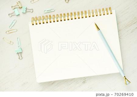 ペン ノート メモ帳 70269410