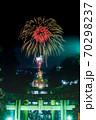 宮地嶽神社、光の道の花火 70298237