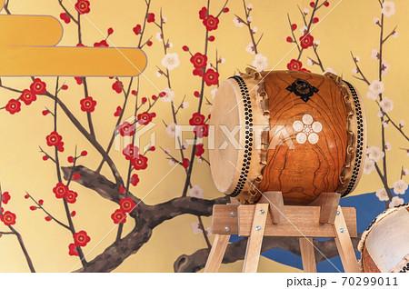 [東京・湯島] 御徒町の湯島天神梅まつりで使用される和太鼓 70299011