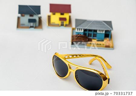 イメージ素材 犯罪 空き巣 強盗 防犯  70331737
