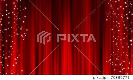 赤いカーテン素材 ドレープカーテン 星の装飾 星屑 70399771