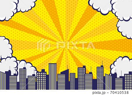 コミックアート風の雲と空と都市の背景素材 70410538