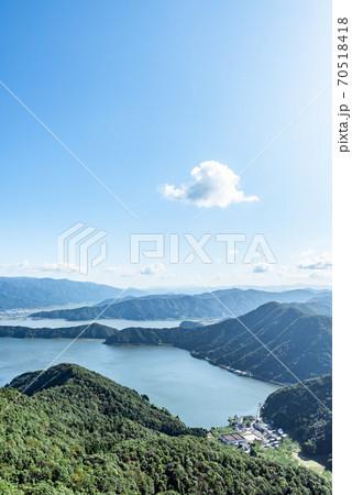 福井県・三方五湖 山頂公園からの眺望 70518418