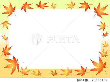 秋イメージの紅葉のフレーム 70556189