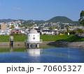 ニテコ池と甲山/兵庫県西宮市 70605327