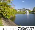 ニテコ池と甲山/兵庫県西宮市 70605337