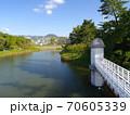 ニテコ池と甲山/兵庫県西宮市 70605339
