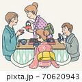 コタツでおせち料理 70620943