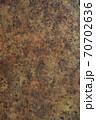 錆びた鉄板の表面 70702636