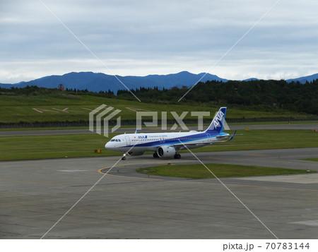 秋田空港に着陸した全日空A320neo ANA 70783144