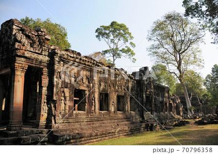 カンボジア、アンコール遺跡、バンテアイ・クデイ(僧坊の砦) 70796358