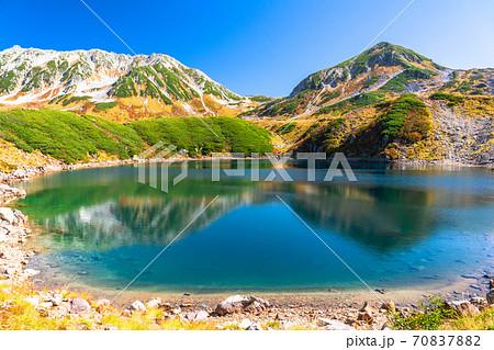 《富山県》紅葉最盛期の室堂・立山黒部アルペンルート 70837882