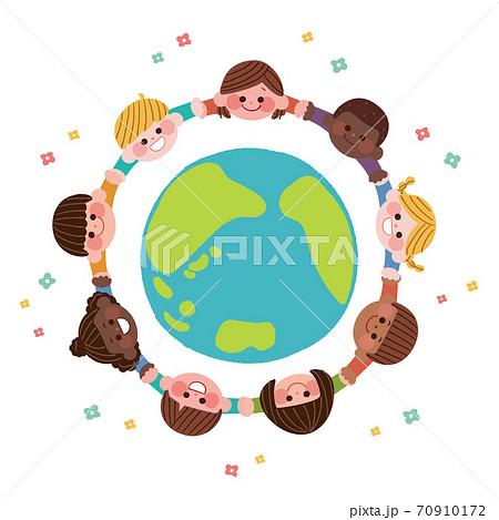 手を繋ぐ世界の子どもたち 70910172