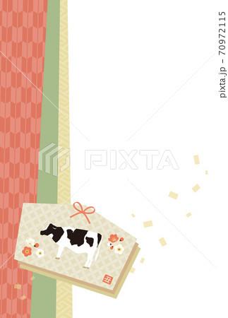 和柄の絵馬と横向きの牛 70972115