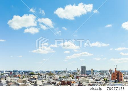 名古屋市南東部街並みを見下ろす 70977123