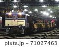 [EF64-1001]ロンチキ貨車による工臨列車 71027463
