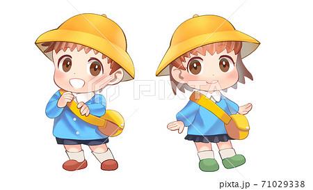 かわいい幼稚園生のイラスト 71029338
