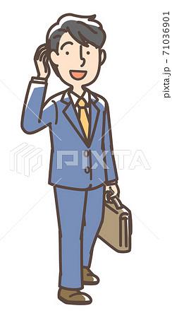 いきいきしたスーツの男性 71036901
