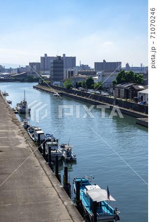 南港通りから敷津運河と住之江市街地 71070246