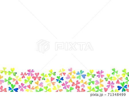 水彩で描いたカラフルなクローバーのイラスト 71348499