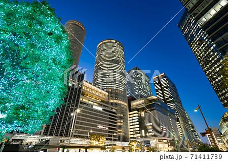 名古屋駅前 イルミネーション  JRセントラルタワーズ JRゲートタワー JPタワー名古屋 71411739