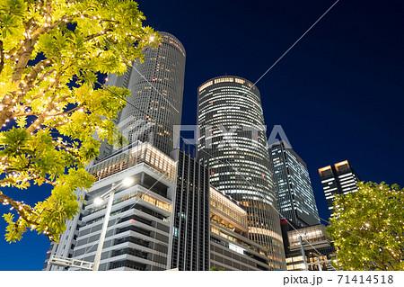 名古屋駅前 イルミネーション  JRセントラルタワーズ JRゲートタワー JPタワー名古屋 71414518