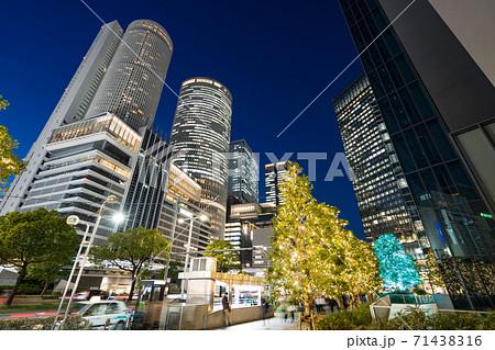 名古屋駅前 イルミネーション JRセントラルタワーズ JRゲートタワー JPタワー名古屋  大名古屋 71438316
